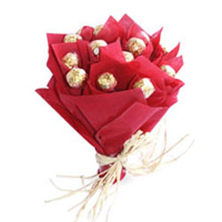 Bouquet of 16 Ferrero rochers