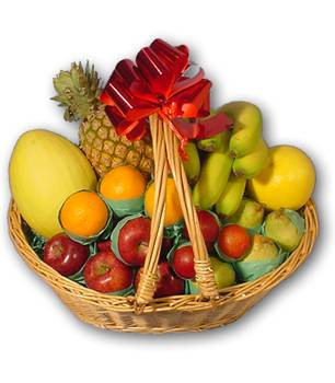 Traditional Gift Basket of 2 kg Fruits