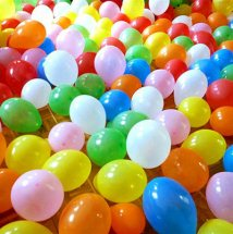 50 Plain balloons filled with air