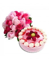 1/2 Kg Straw berry Cake with 12 Pink roses bouquet